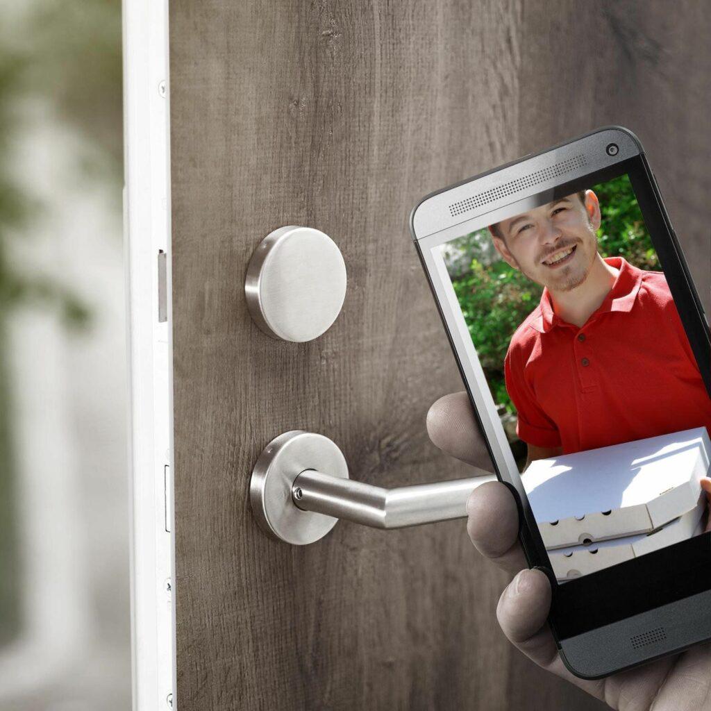Sonnette connectée, on voit sur votre Smartphone le visiteur