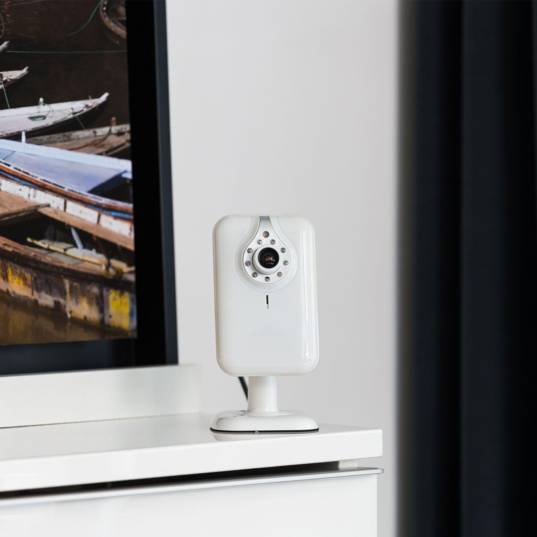 bluestork bs cam desk d couvrez les fonctions de cette. Black Bedroom Furniture Sets. Home Design Ideas