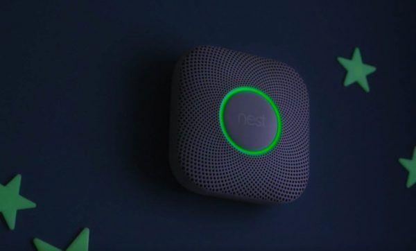 détecteur de fumée et de monoxyde de carbone Wi-Fi nest proctect V2