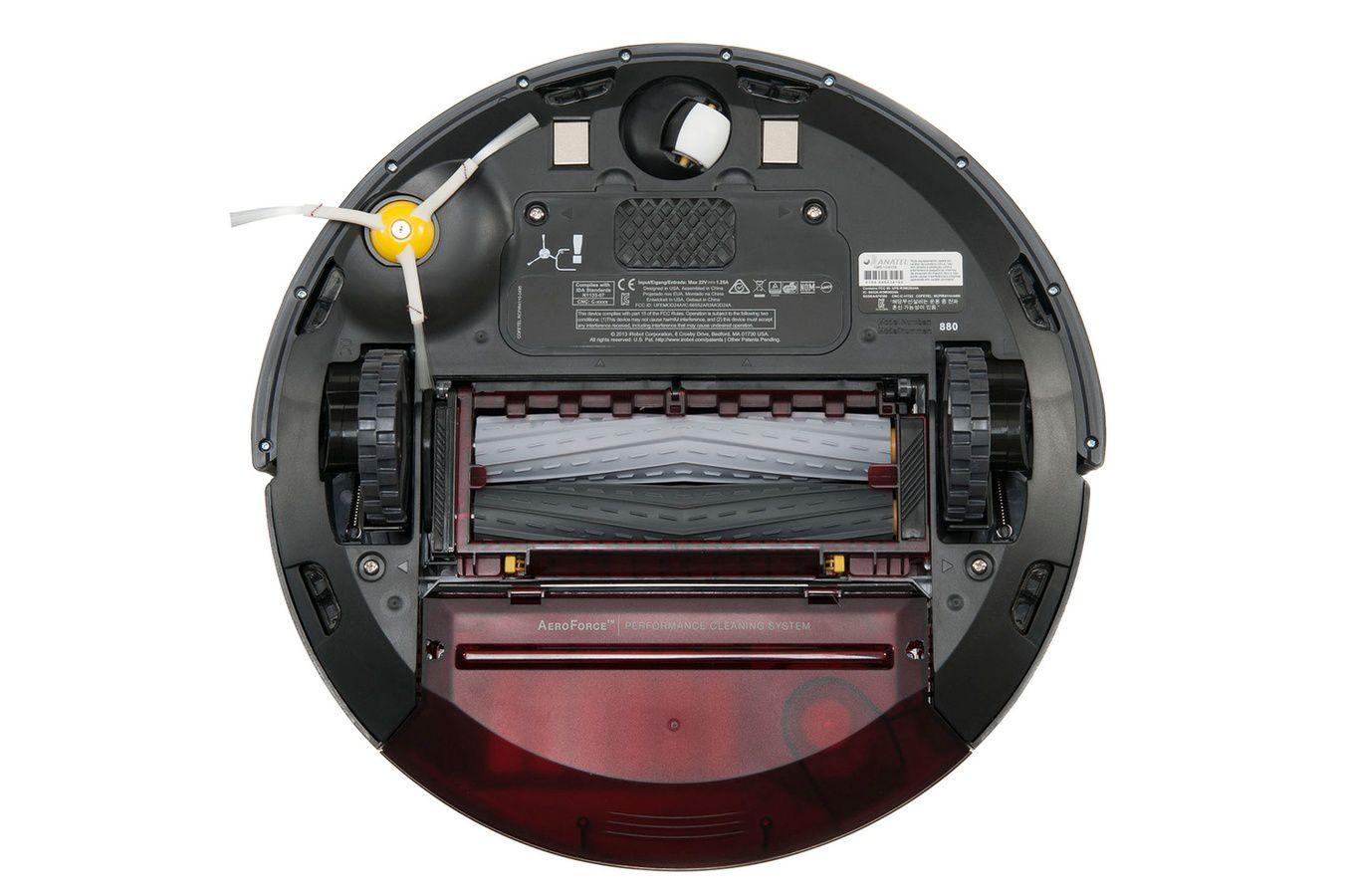 Aspirateur connecté iRobot Roomba 880 vue de bas