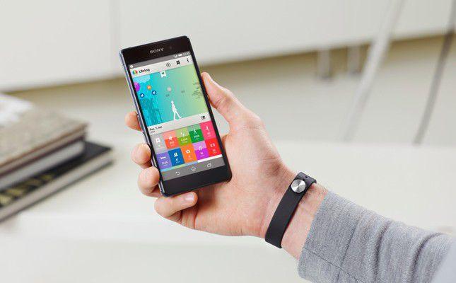 bracelet connecté comparatif et guide 2016-smartband-tracker d'activité physique