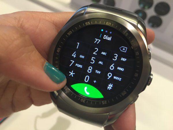 L'écran de la LG G Watch Urbane 4G.