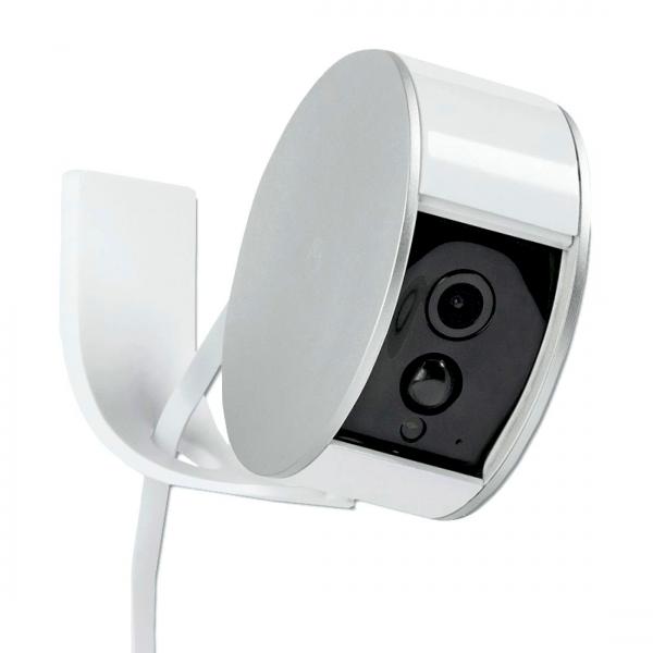 La Myfox Security Camera connectée avec son support mural