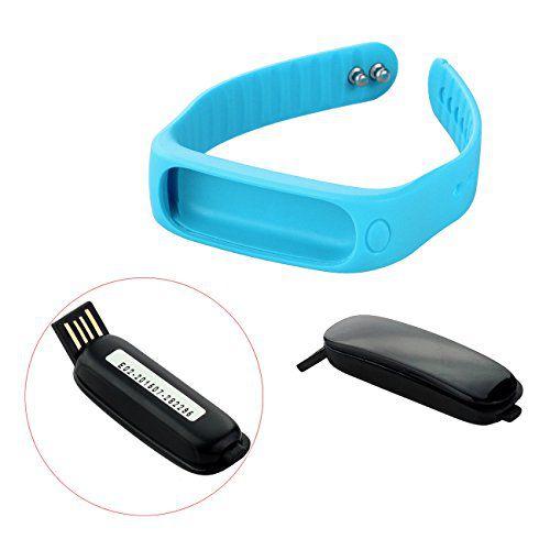 Le module tracker du bracelet connecté Tera E02 se connecte directement à un ordinateur via le port USB