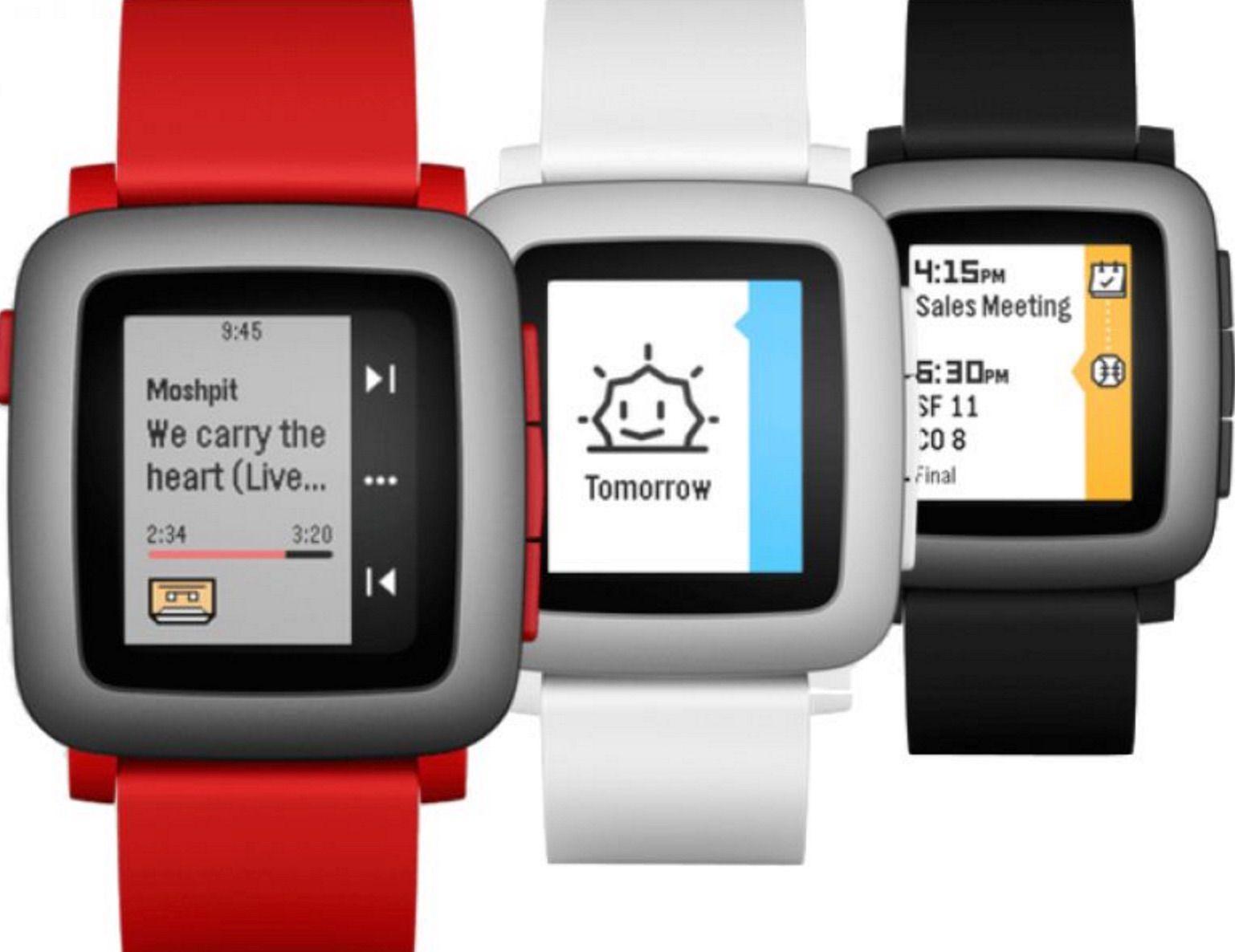 Pebble Time montre connectee ecran couleur-maison-connectee