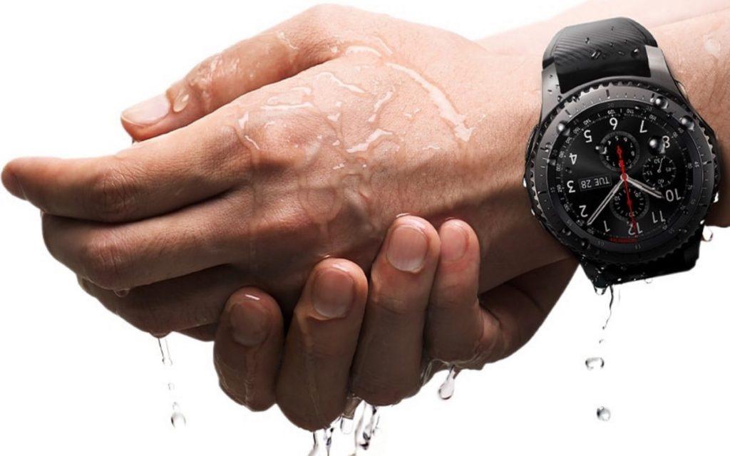 smartwatch samsung s3 gear IP68