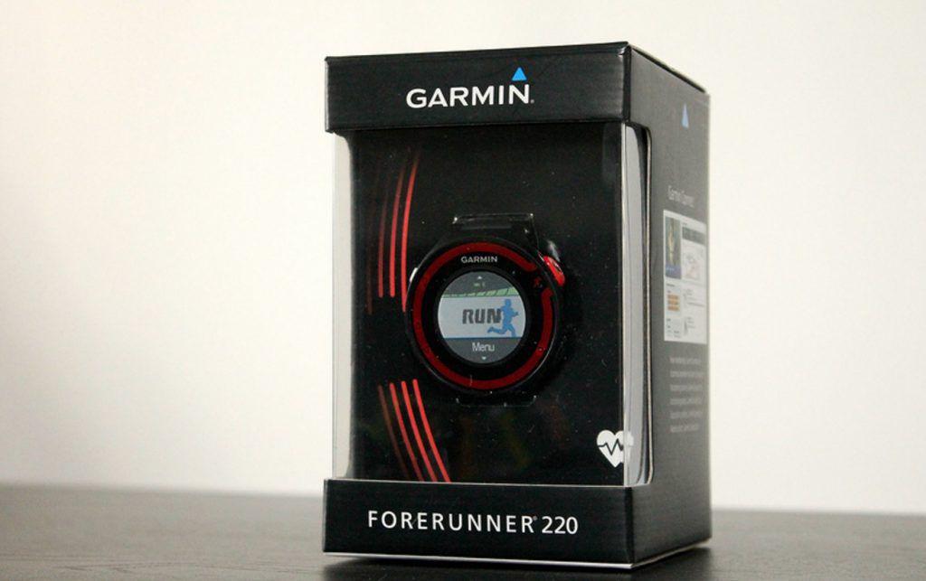 montre GPS Garmin Forerunner 220 | maison connectee