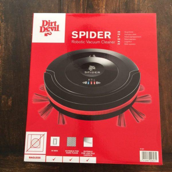 Le pack Dirt Devil Spider M607 dans sa boite